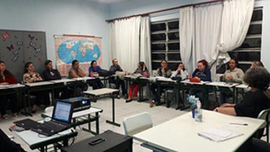 Professores de 1º Ano participam de encontro sobre o projeto Trilhas